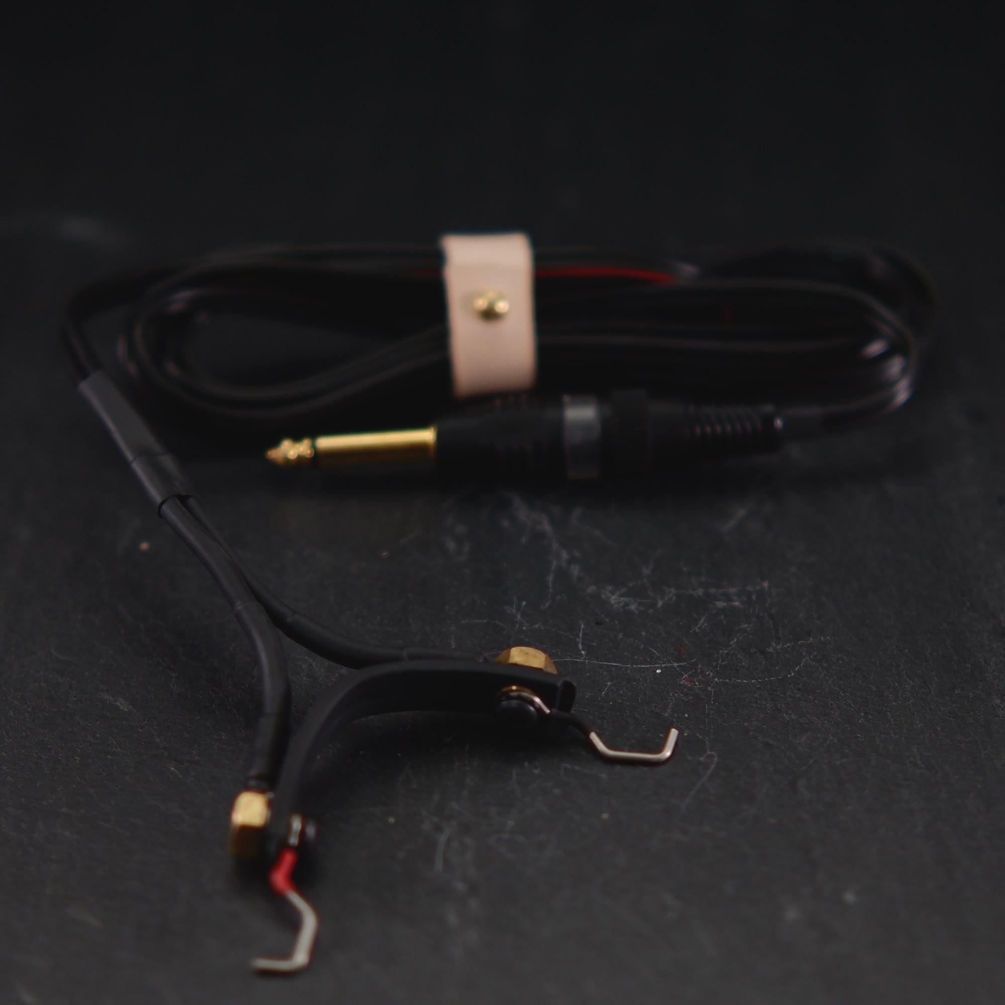 black clipcord black cable